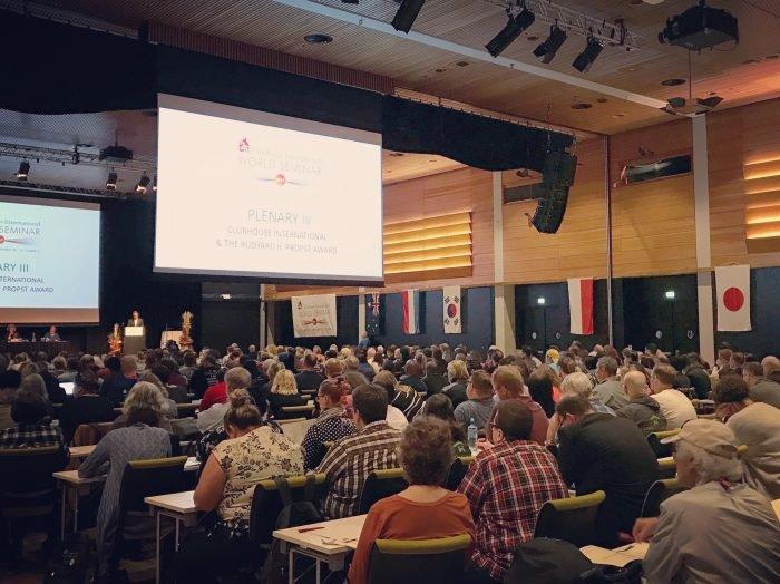 Klubitalojen maailmankonferenssi Lillestrømissä, Norjassa keräsi paljon ihmisiä ympäri maailman.